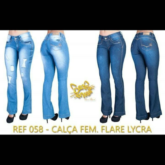 Calça Flare Jeans Femenina Na Cor Clara E Escura.