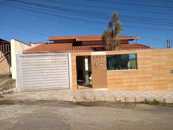 Casa Ampla Com 03 Banheiros Banheira De Hidro Com Area Gorme