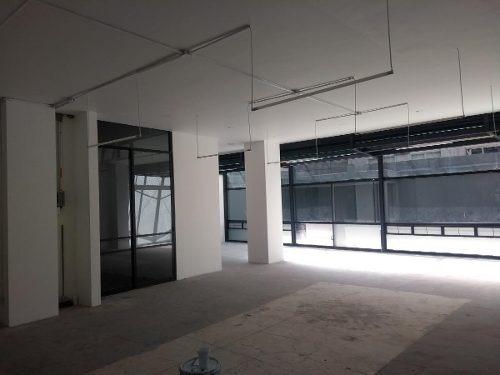 En Renta Local / Oficina En La Colonia Cuauhtémoc, Cerca De Torre Mayor, Del Ángel De La Independencia, Reforma 222