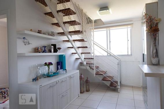 Apartamento No 4º Andar Mobiliado Com 2 Dormitórios E 2 Garagens - Id: 892974482 - 274482