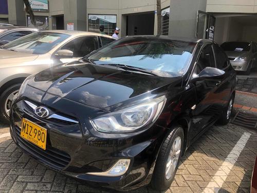 Hyundai Accent 2012 1.4l 4 P
