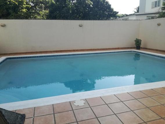 Apartamento En Alquiler En Piantini 3h Lujoso C/piscina Gym