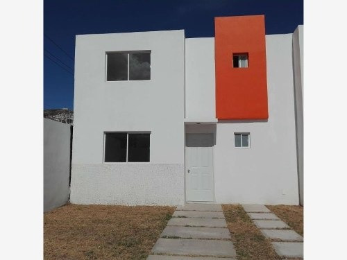 Casa Sola En Venta Ideal Para Utilizar Tu Credito Fovisste.! Cumbres Del Sol, A 5 Min De La Uaeh.