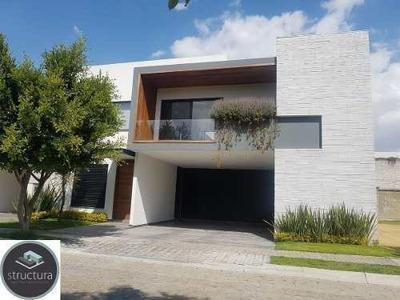 Excelente Casa En Venta En San Martinito $14, 300,000
