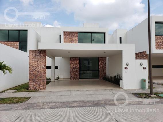 Casa Nueva Residencial Puerta Madero Villahermosa Modelo San Telmo