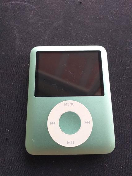 iPod Nano 3 Geração 8gb Com Detalhe Na Tela