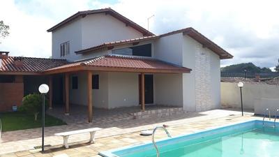 Chácara 3 Dorm.1 Suite,3 Banheiros,cozinha Conceito Aberto.