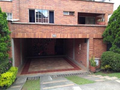 Casas En Arriendo Loma Del Escobero 594-24128
