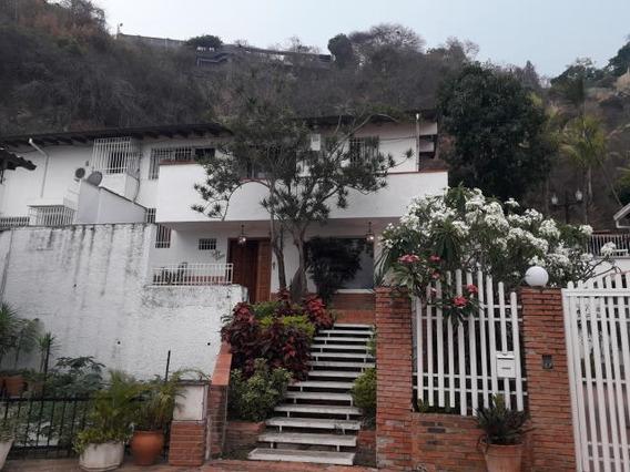 Casas En Venta En Prados Del Este Mls #20-18377 Mj