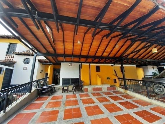 Vende Townhouse (tk-4k) Tazajal Mañongo Cod.427672 Surmira