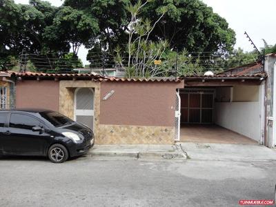 Casa En Venta La Trinidad Código 16-8733 Bh