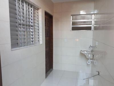 Casa Com 1 Dormitório Para Alugar, 50 M² Por R$ 800/mês - Vila Luzita - Santo André/sp - Ca20686
