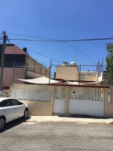 Casa En Venta A Dos Cuadras De Cd. Satelite