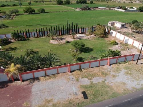 Quinta Y Casa En Venta En Lerdo, Zona Raymundo; (los Angeles) Durango