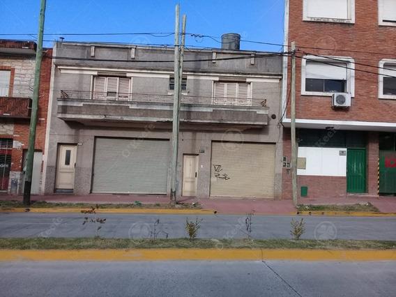 Único En La Zona - Casa A Demoler Sobre Lote De 380,68 Mts