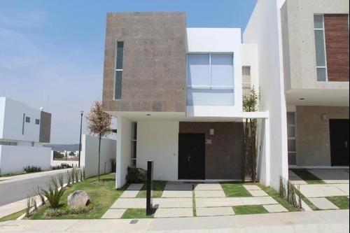 Estrene Casa En Condominio En El Manantial, Corregidora Querétaro