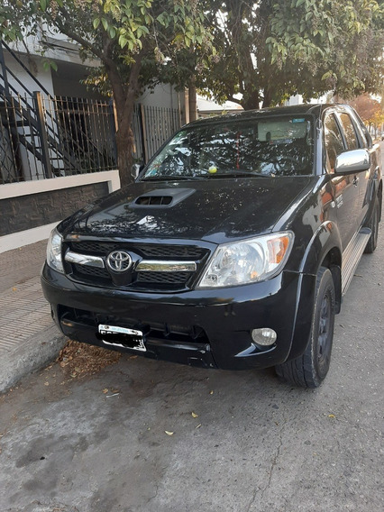 Toyota Hilux At
