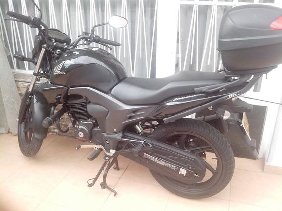 Vendo Moto Honda Nueva Invicta 2 150