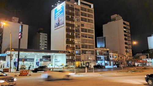 Vendo Apartamento Parque Batlle 3 Dormitorios 2 Baños