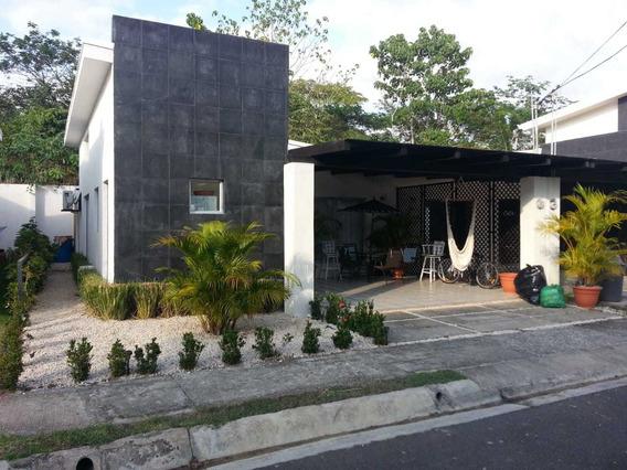 Vendo Barata Casa De Playa Jacó