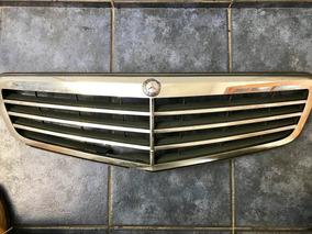 Máscara Capo Mercedes Benz C180