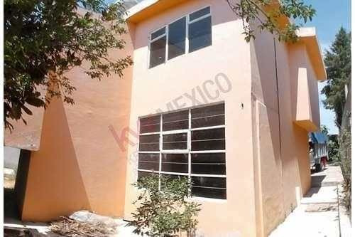 Casa En Venta, Tlaxcala, Apizaco, Col. Carmen, Centro, Cerca De Escuelas, Comercios