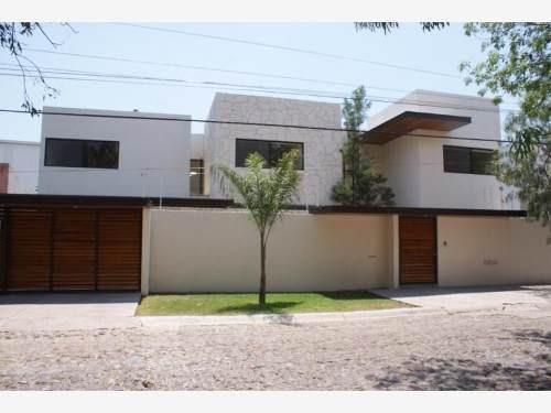 Casa Sola En Renta Fraccionamiento Jurica