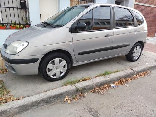 Renault Scénic Confort 1.6 16v