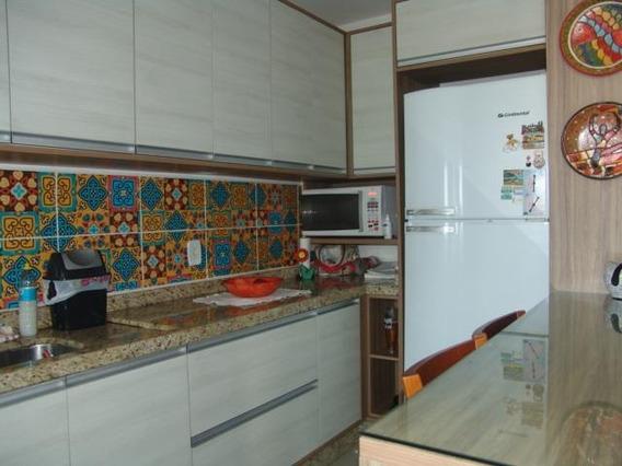 Apartamento Com 2 Dormitórios À Venda, 65 M² Por R$ 212.000 - Forquilhas - São José/sc - Ap6546
