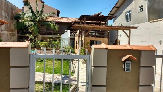Casa A Venda No Bairro Ingleses Do Rio Vermelho Em - C124-1