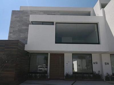 Casa En Venta En Parque Zacatecas Lomas De Angelopolis