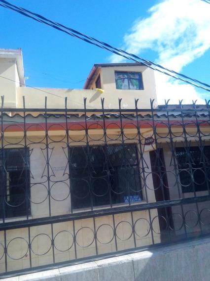 Vendo Casa Con 3 Mini Departamentos En San Carlos. Tulcan