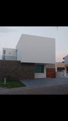 (crm-140-435) Casa En Venta En Bugambilias