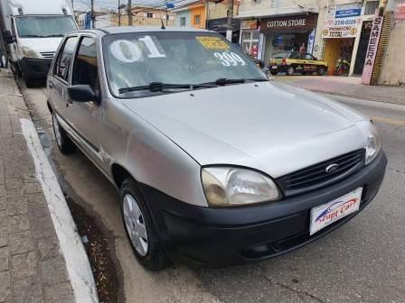 Ford Fiesta Hatch - Carro Barato