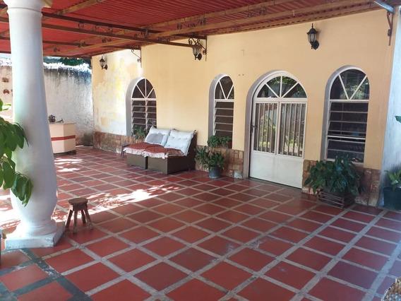 Hermosa Casa En Cagua 04144530004