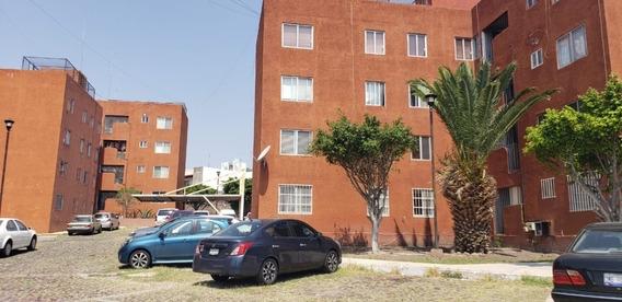 Departamento Cerca De Bernardo Quintana