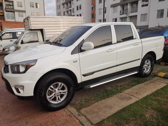 Ssangyong Actyon Sport Camioneta 4x4 Diesel Doble Cabina
