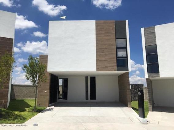 Casa En Venta En Zibatá # 19-848 Jl