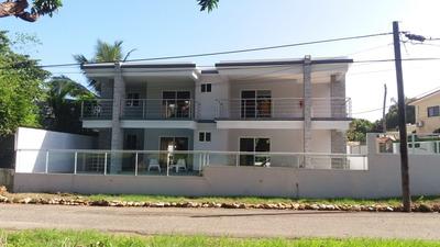 Casa Con Dos Apartamentos Ensima
