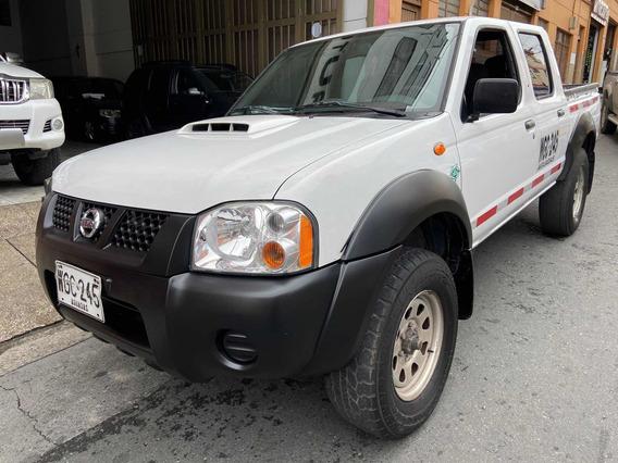 Nissan Frontier Publica Diésel 4x4
