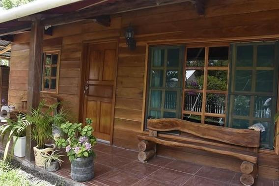 Casa Ecológica Con Patrimonio Natural Y Cultural