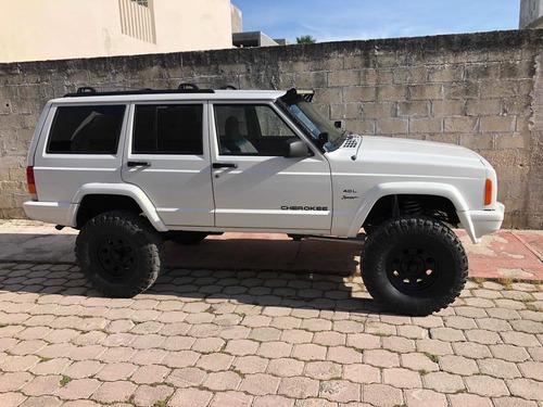 Imagen 1 de 15 de Jeep Cherokee Sport 4x4 4.0l