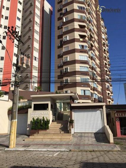 Ed. Paraiso, Excelente Apartamento Semi-mobiliado Para Locação Com 3 Dormitórios Sendo 1 Suíte, No Centro De Itajaí-sc - Ap1522