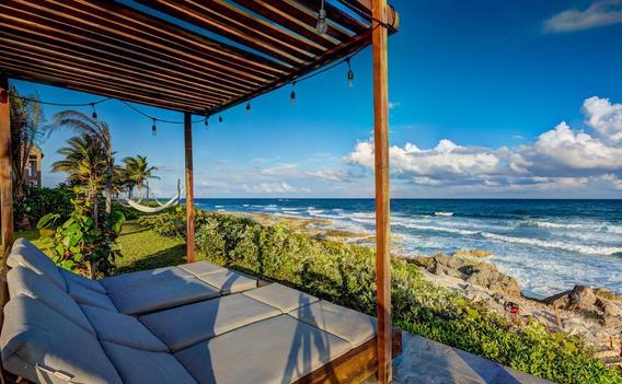 Villa En Venta Y Renta Por Dia Sobre La Playa En Akumal Tulum