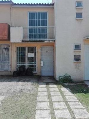 Casa De 2 Recamaras Bajo Precio Se Acepta Crédito Infonavit