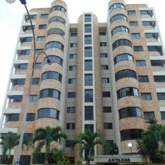 Venta De Bello Apartamento En Los Mangos. Jj