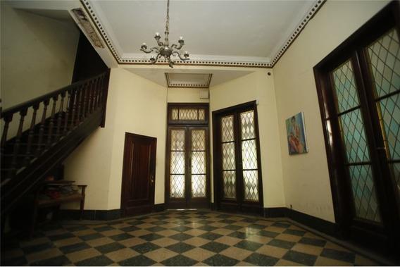 Casa De Estilo - 3 Dormitorios - La Plata Centro