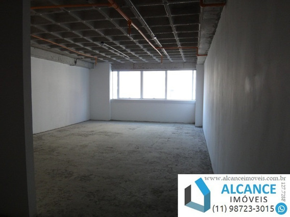 Sala Comercial Com 47 M² De Área Com 1 Banheiro E 1 Vaga No Edifício Montreal Em Alphaville. - Sa00044 - 34779386