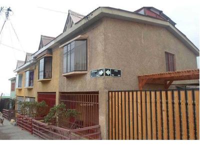Hugo Robles 981 - Casa 5