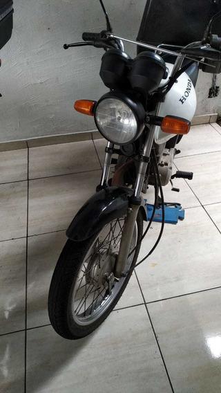 Vendo Cargo 2011 Pronta Para Trabalhar!!